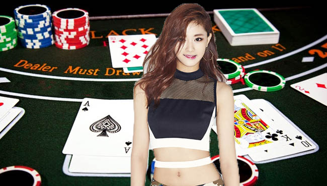 Become an Invincible Player in Online Poker Gambling